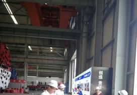 惊鸿机器人走进中铁装备车间参观盾构机 为工程机械之王代言